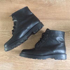 La Canadienne black leather lace up ankle boots